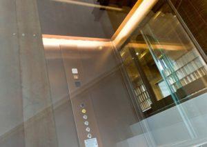 ascensore moderno