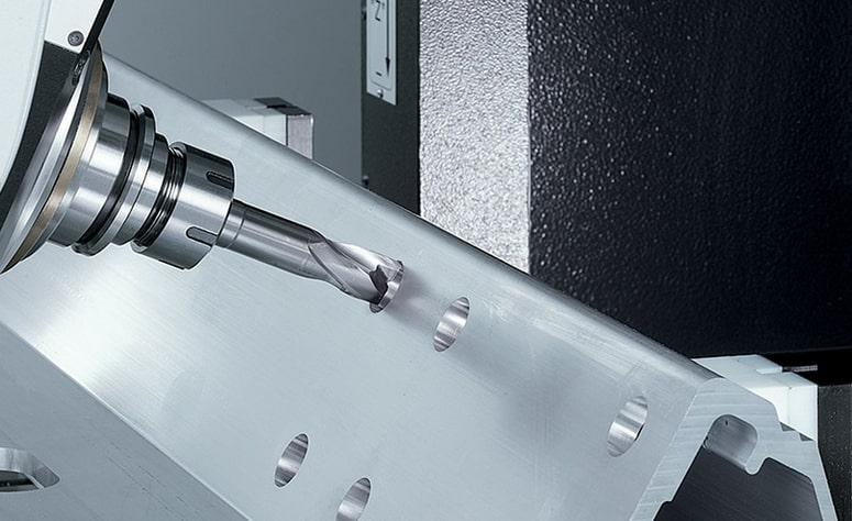 Fresatura di componente in alluminio