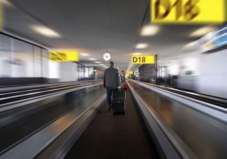 Tappeto mobile in un aeroporto